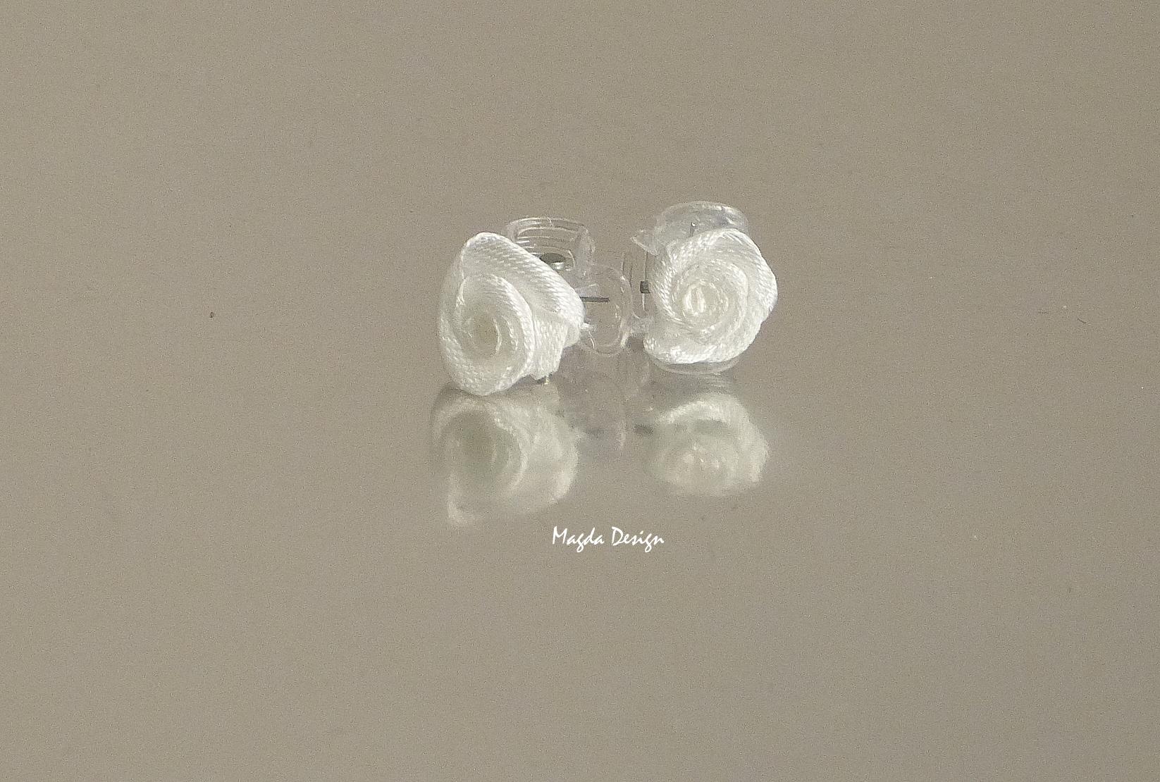 e74813b78b8 Skřipečky s růžičkama ivory